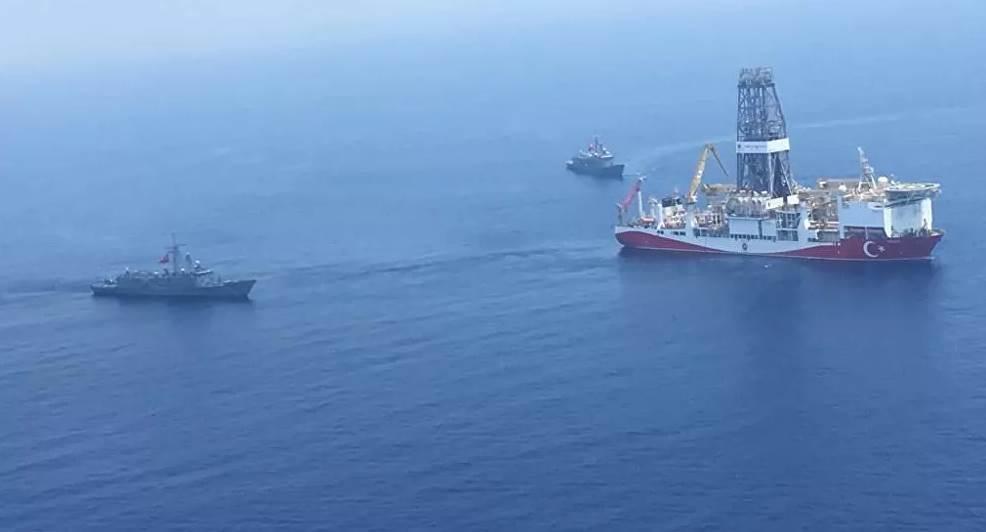 مناورات بحرية تركية قبالة السواحل الليبية (أ ف ب)