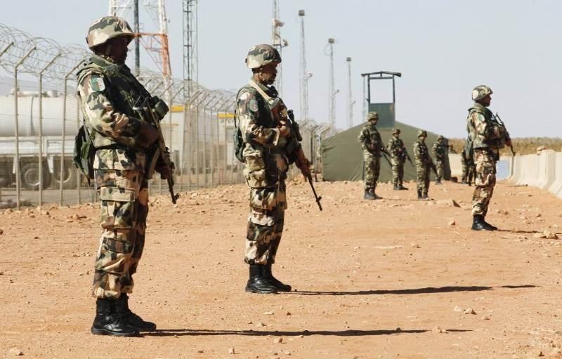 قوات جزائرية على الحدود مع ليبيا
