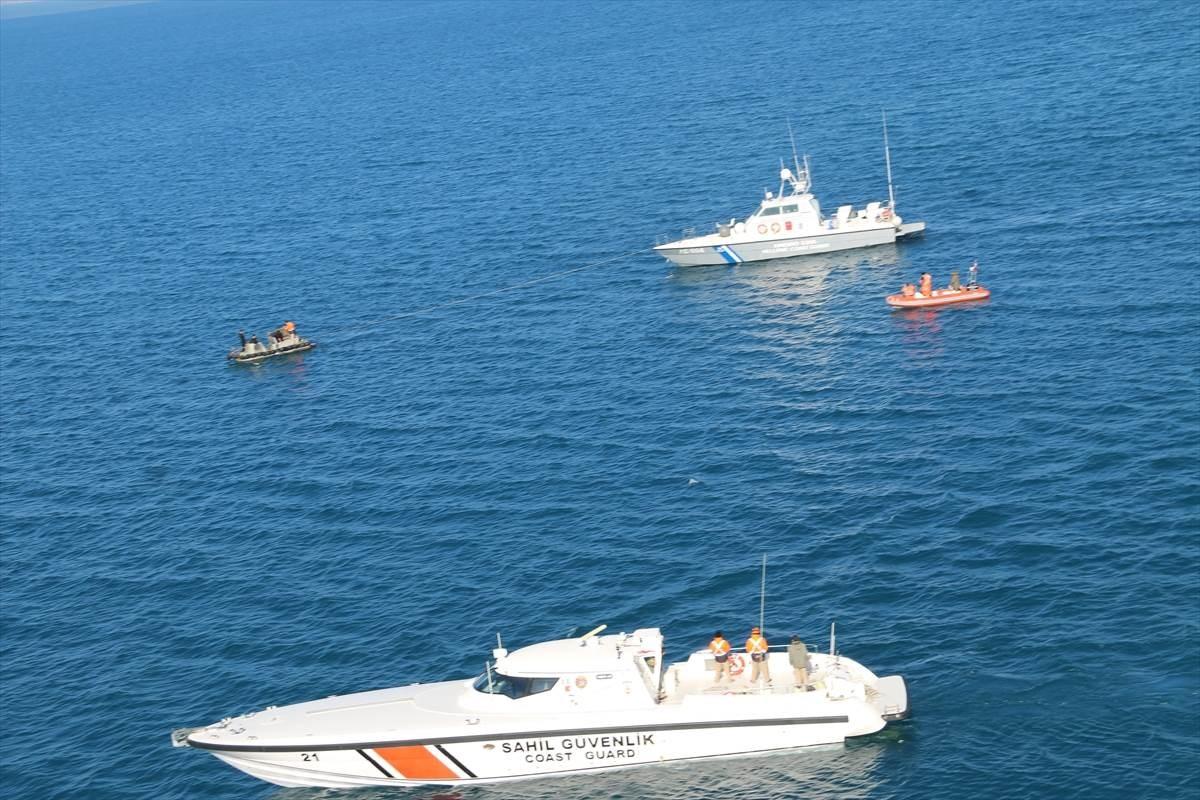 خفر السواحل التركي: كان على متن الزورق الذي استهدفته البحرية اليونانية مواطنان تركيان ومواطن سوري