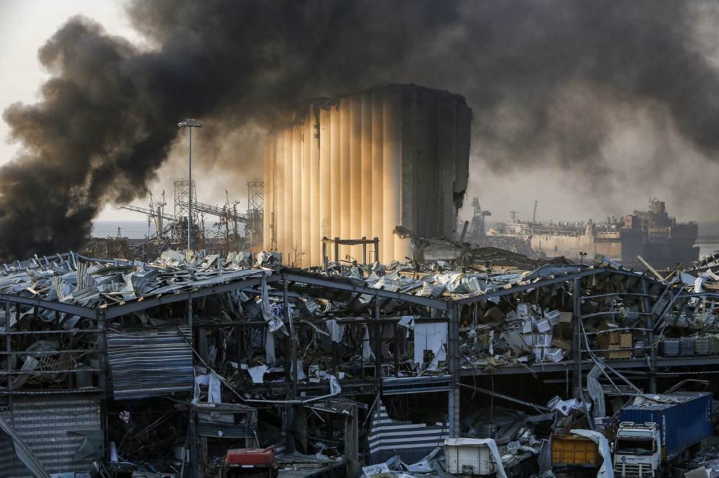 صور من انفجار مرفأ بيروت (أ ف ب).