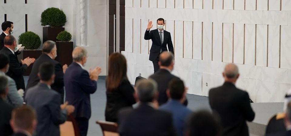 الرئيس بشار الأسد خلال لقائه أعضاء مجلس الشعب الفائزين بالدور التشريعي الثالث