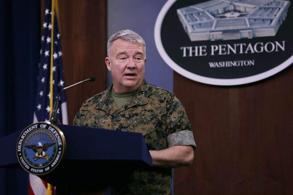 ماكنزي في مؤتمر صحفي حول الهجمات التي تؤدي إلى مقتل أميركيين في العراق (أ ف ب).