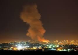 الاحتلال يشن غارات على مواقع للمقاومة الفلسطينية في غزة