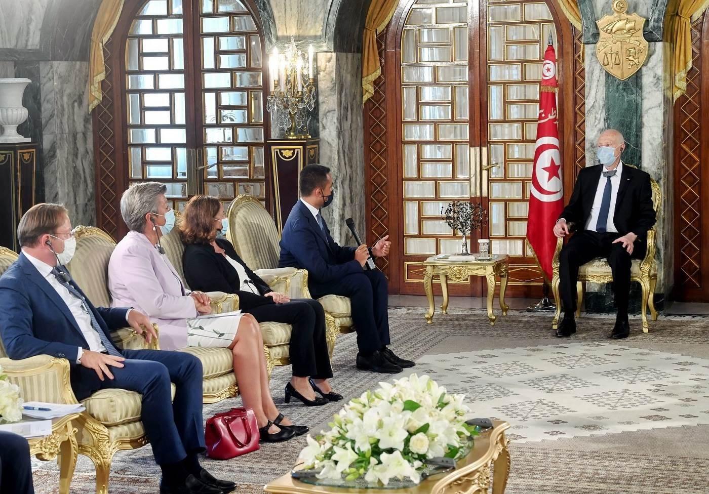 وزير الخارجية الإيطالي في تونس للتشاور بشأن الهجرة غير القانونية