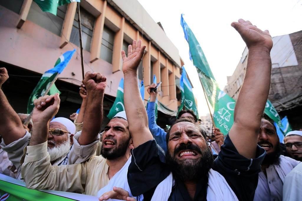 من التظاهرات التي جابت شوارع اسلام اباد تنديداً بالاتفاق الإماراتي الإسرائيلي (وسائل التواصل الاجتماعي).