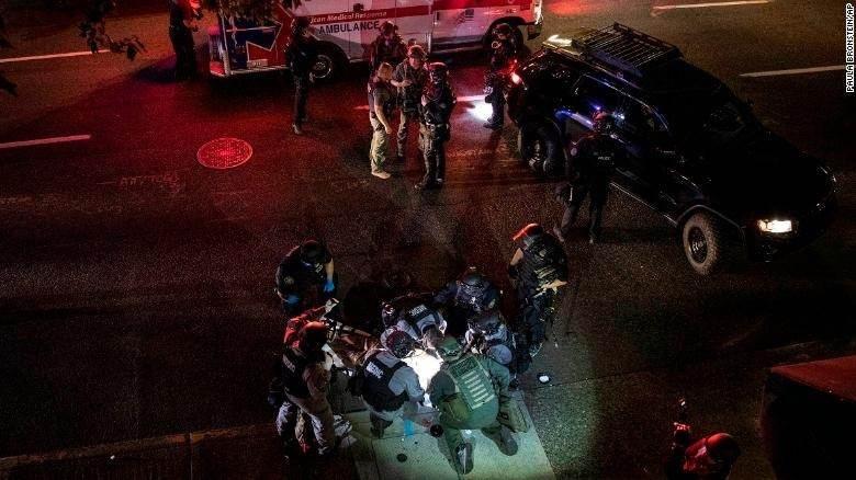 قتيل في مواجهات بين محتجين ومناصرين لترامب في مدينة بورتلاند الأميركية