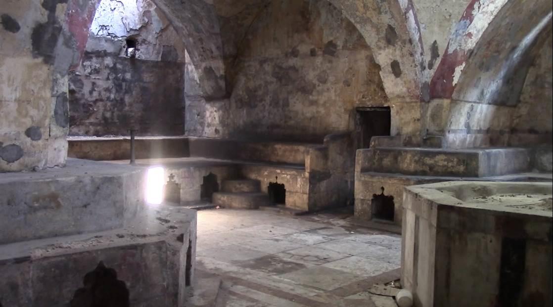 حمامات طرابلس التراثية: ماضٍ عريق يستوطن ذاكرة الحداثة
