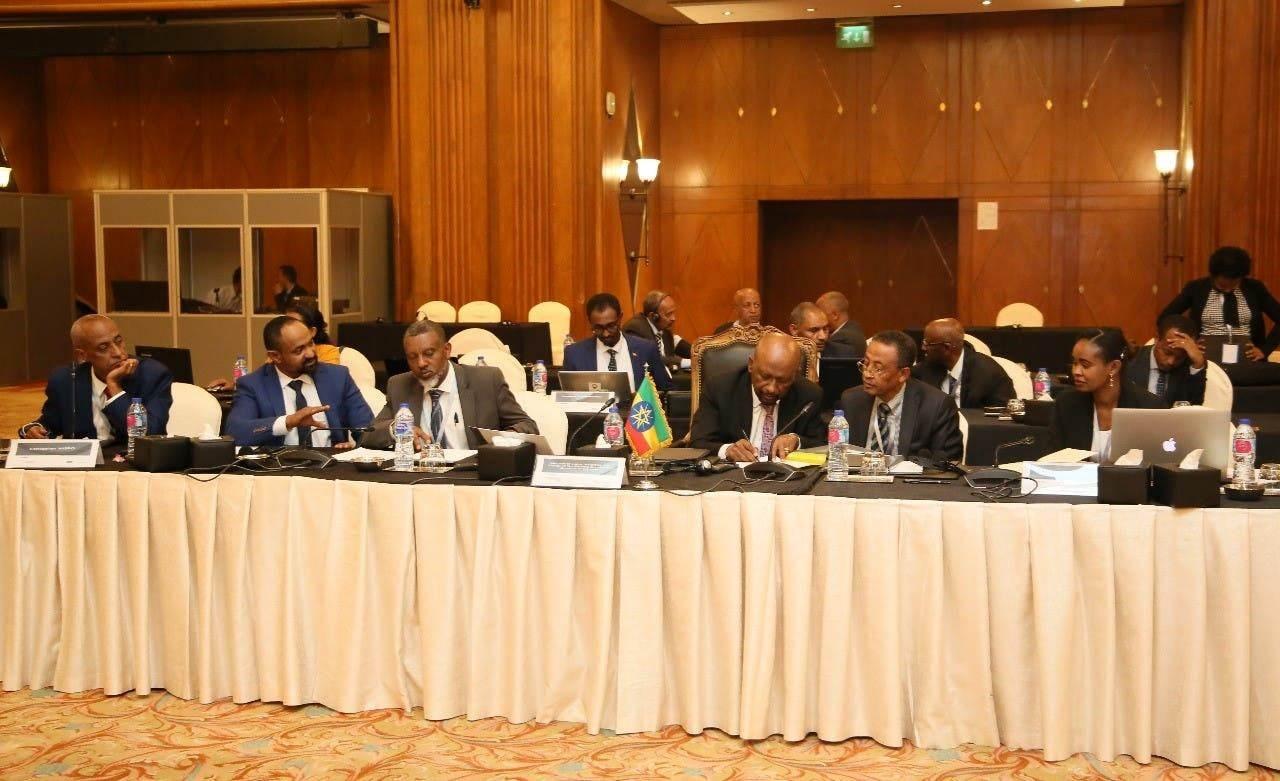 وزير الري السوداني حذّر من التحرك المنفرد لملء سد النهضة قبل التوصل لاتفاق بين الدول الثلاث