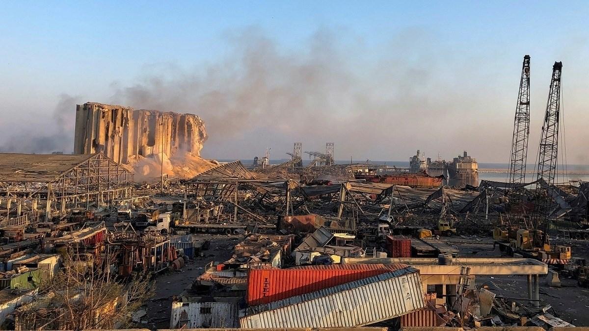 أسئلة ما بعد الصدمة.. من يعيد بناء مرفأ بيروت؟