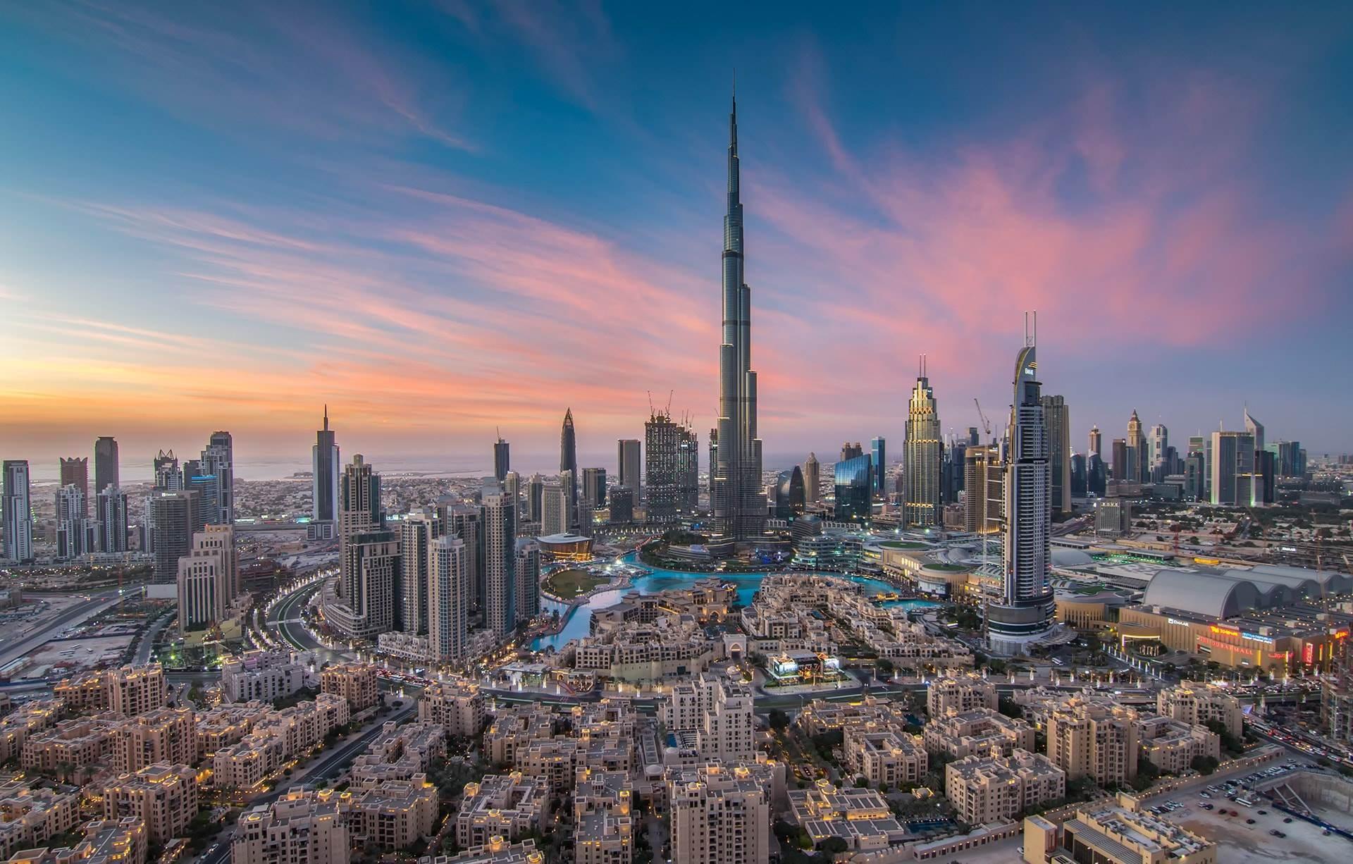 شهدت دبي إجراءات عزل عام لعدة أسابيع في إطار جهود حكومية لكبح فيروس كورونا