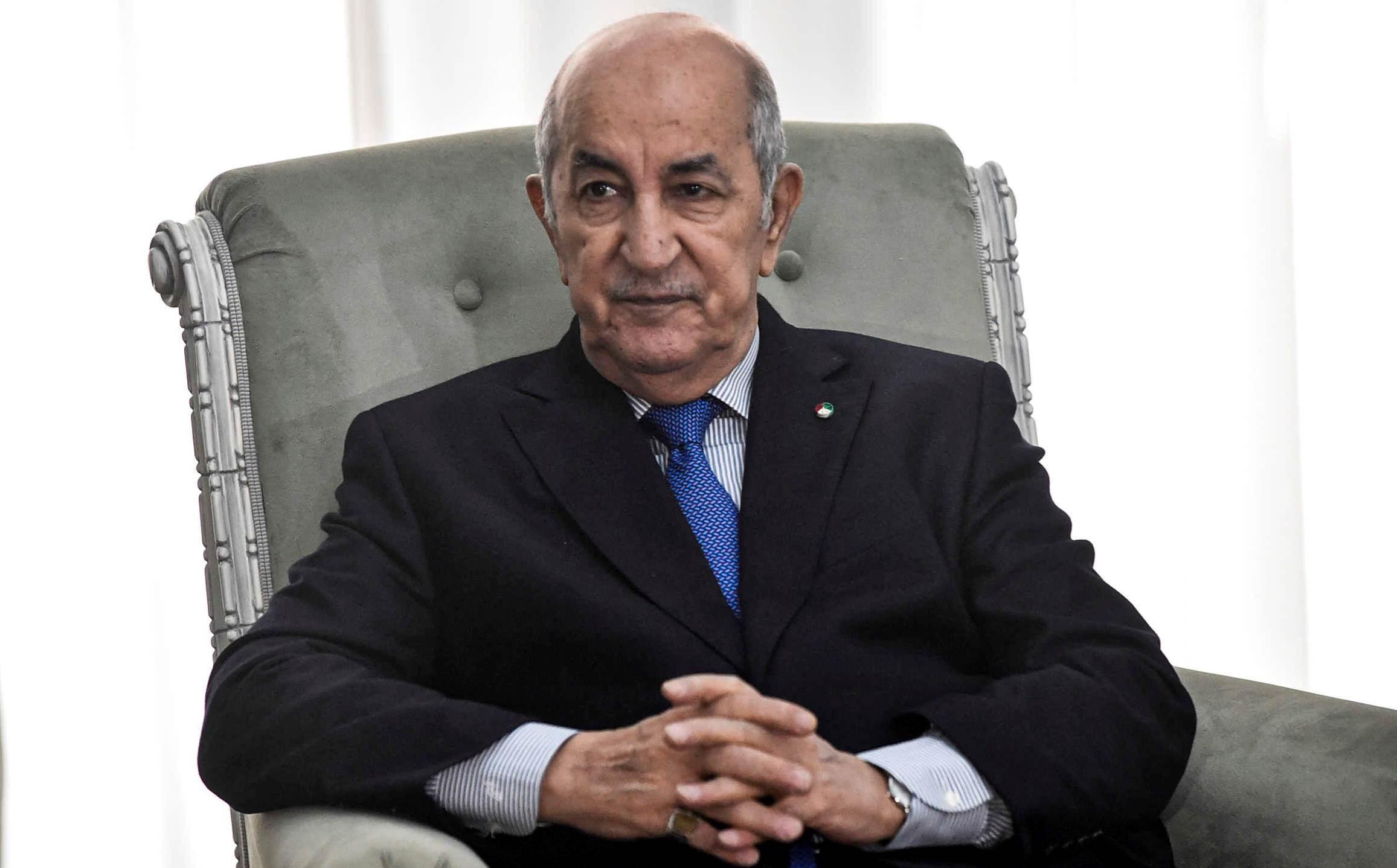 الرئيس الجزائري يعلن عن إرسال 4 طائرات وسفينة مساعدات إلى لبنان