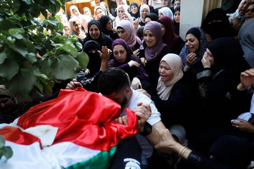 الاحتلال أطلق النار تجاه المواطنة داليا السمودي وهي تعد الحليب لطفلها داخل منزلها