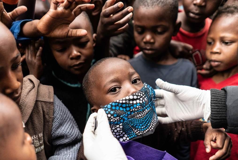 مركز مكافحة الأمراض في القارة الأفريقية: تمثل خمس دول من أصل 54 بلداً في إفريقيا، نسبة 75 % من الإصابات