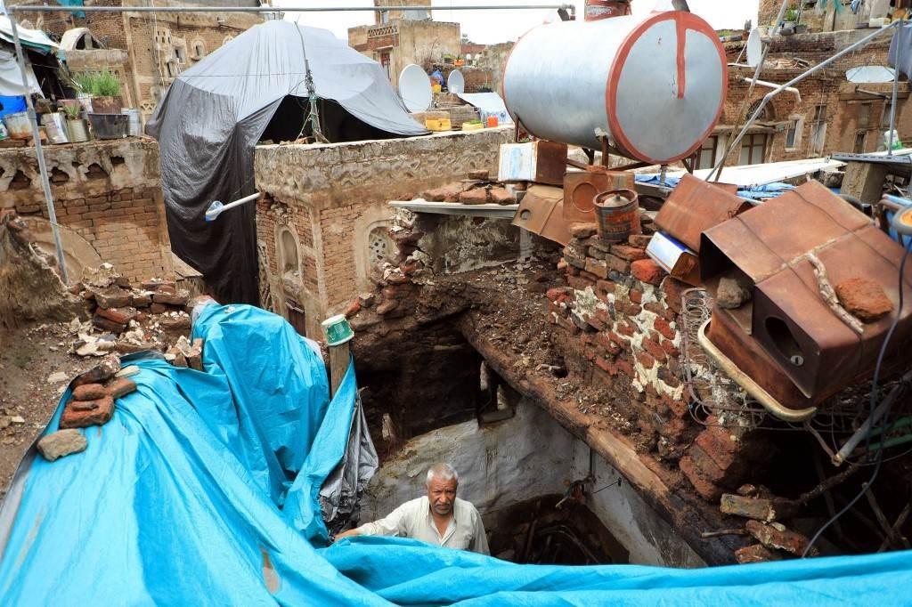 تهدم المنازل في صنعاء نتيجة السيول