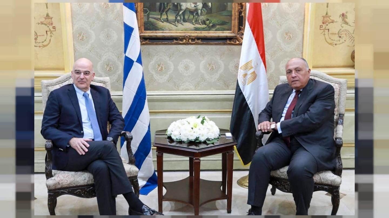 وزيرا الخارجية المصري واليوناني يوقعان في القاهرة على اتفاق لتعيين الحدود البحرية بين البلدين