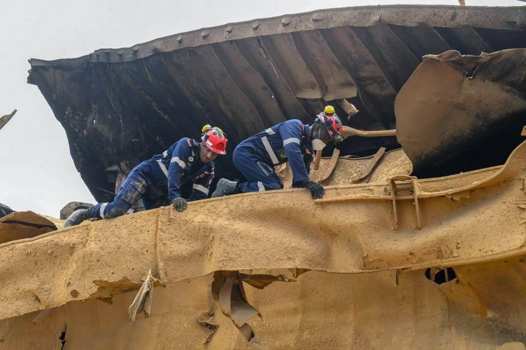 عمليات البحث عن ناجين جارية في موقع الانفجار