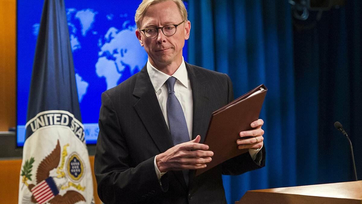 استقالة براين هوك.. هل خسر ترامب في لعبة عض الأصابع مع إيران؟