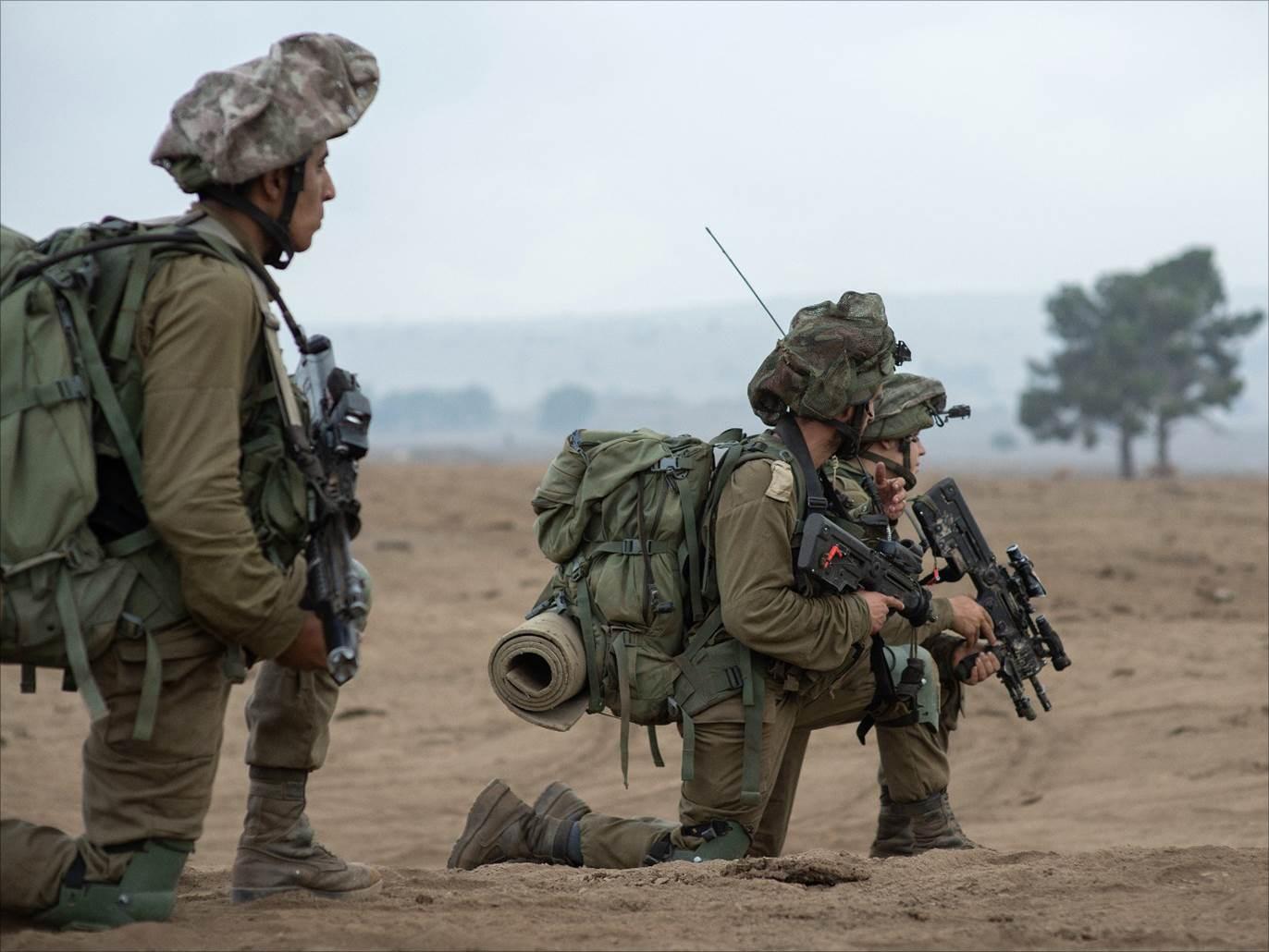 الاحتلال الإسرائيلي يقصف نقاط رصد للمقاومة في غزة