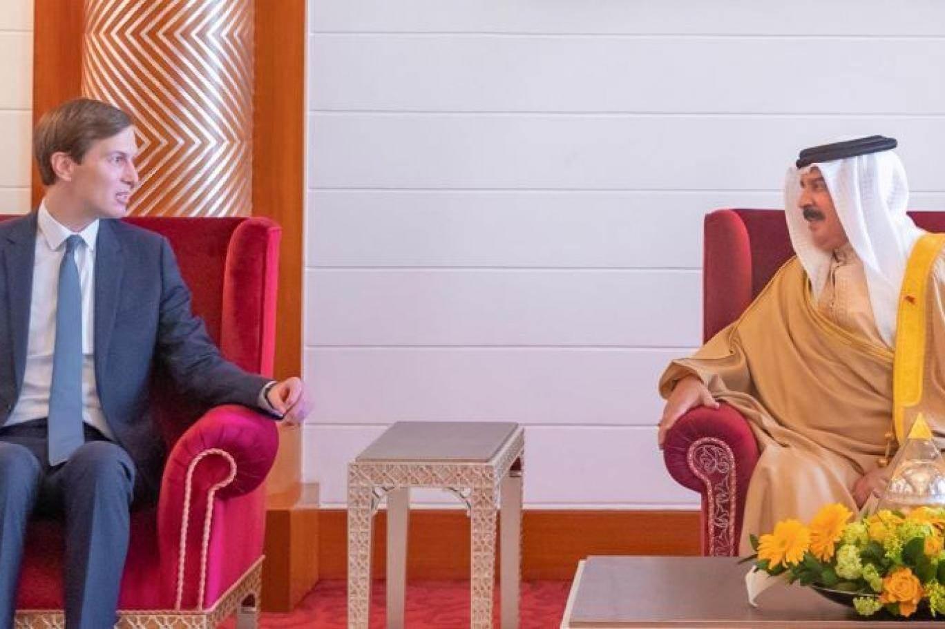 ملك البحرين يبحث مع كوشنير تعزيز العلاقات بين المملكة وواشنطن في المجال السياسي والعسكري