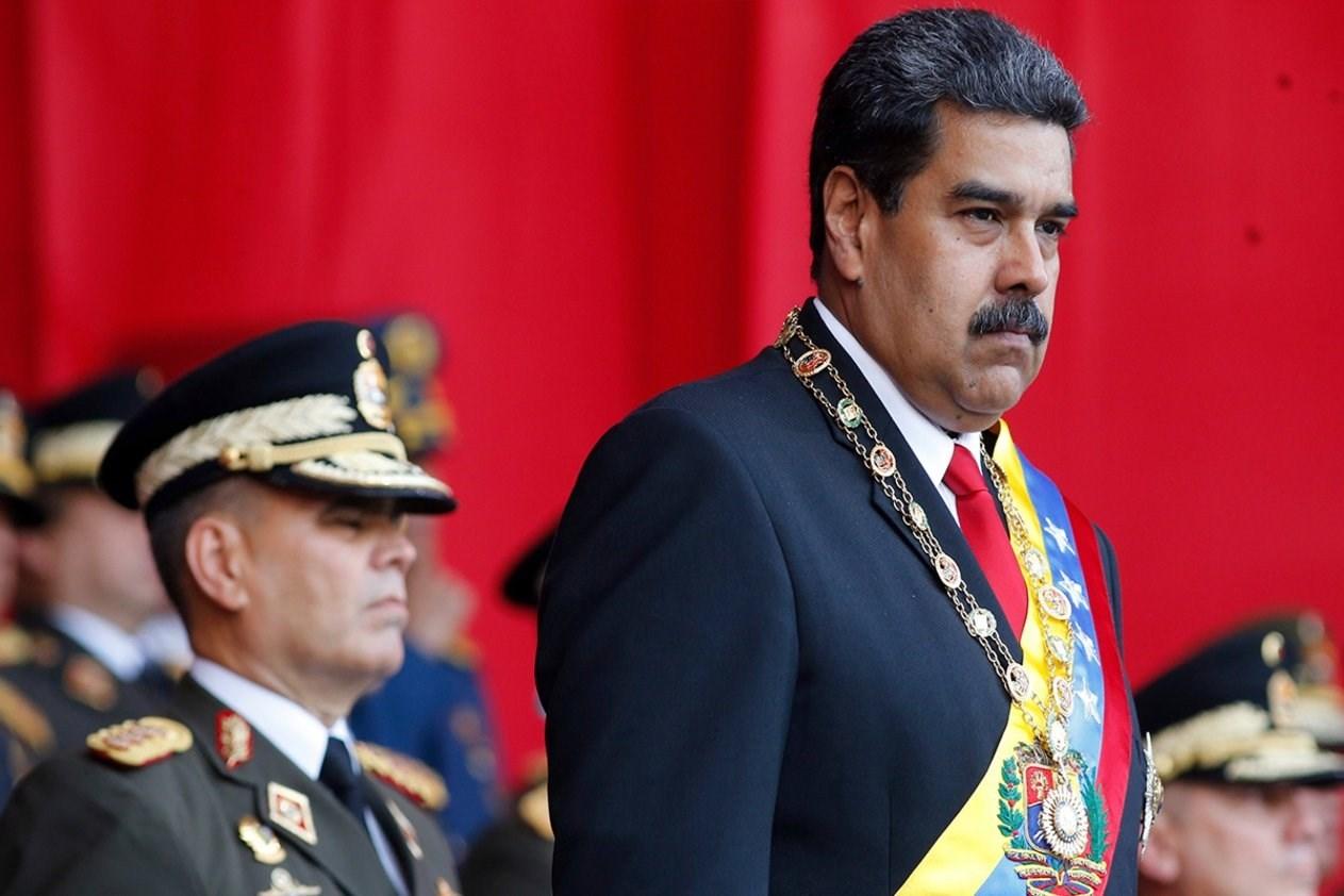 مادورو يصدر عفو عن أكثر من 100 معارض