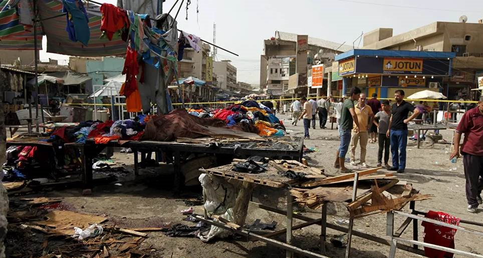 إصابة منتسب من القوات الأمنية، ومدنيين اثنين، إثر انفجار سيارة مفخخة