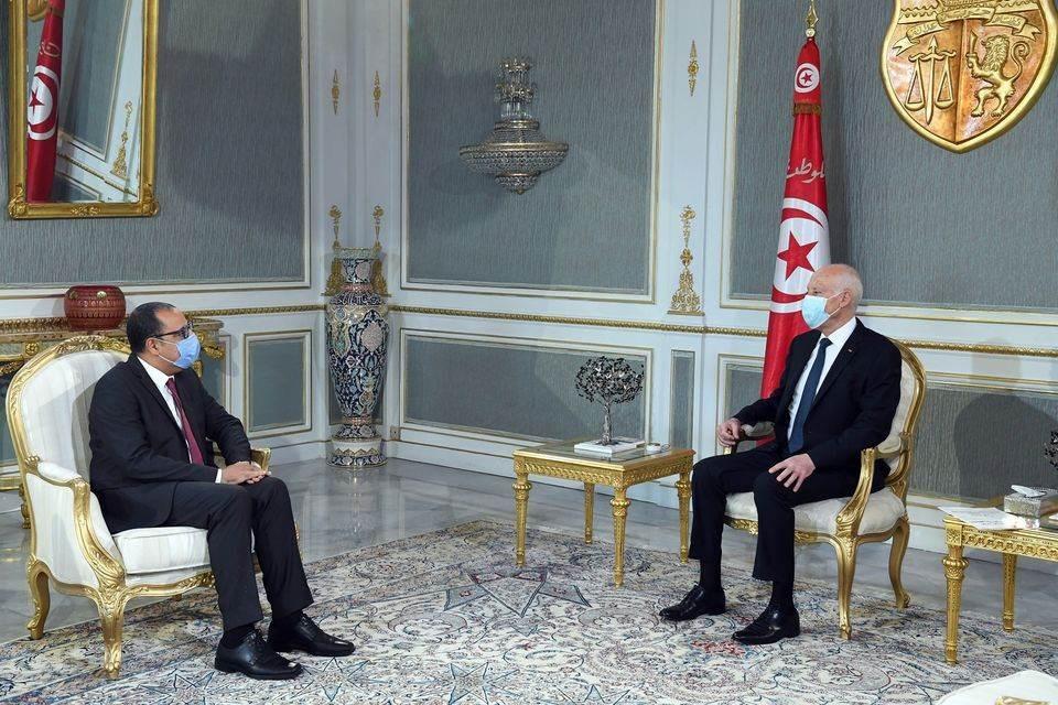 الرئيس التونسي مع رئيس الحكومة المكلف هشام المشيشي