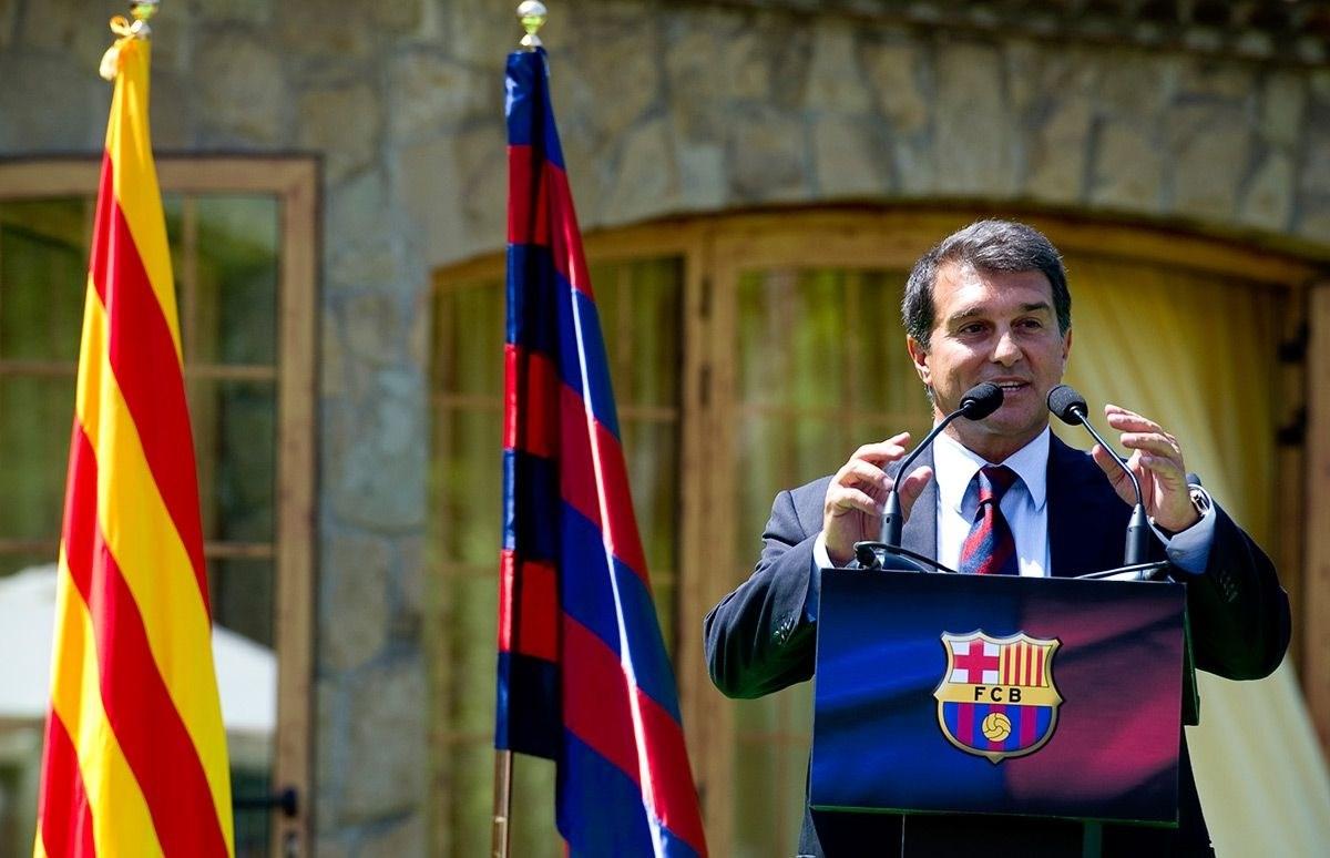 لابورتا عازم على الترشح لانتخابات رئاسة برشلونة