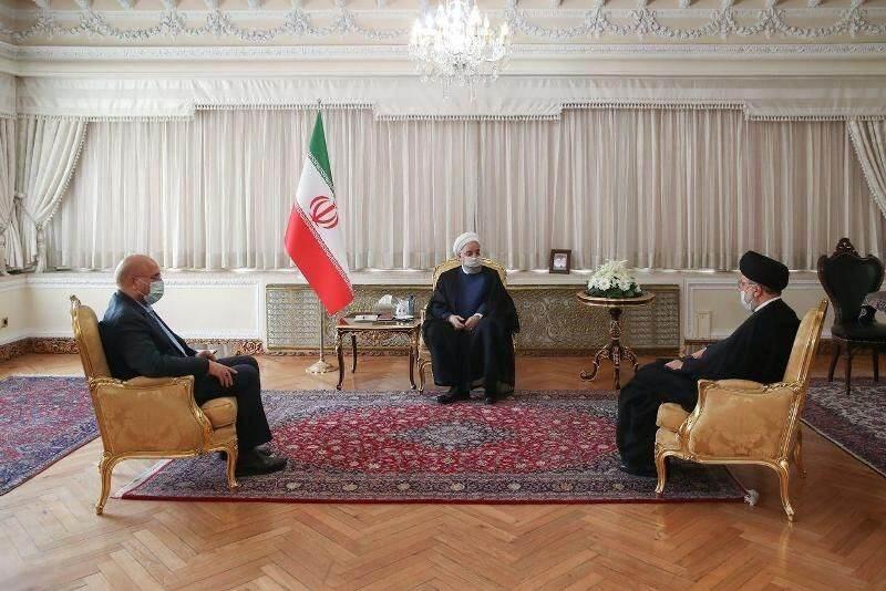 المؤتمر الصحفي الذي عقده روحاني اليوم الأحد عقب اجتماع رؤساء السلطات الايرانية الثلاث