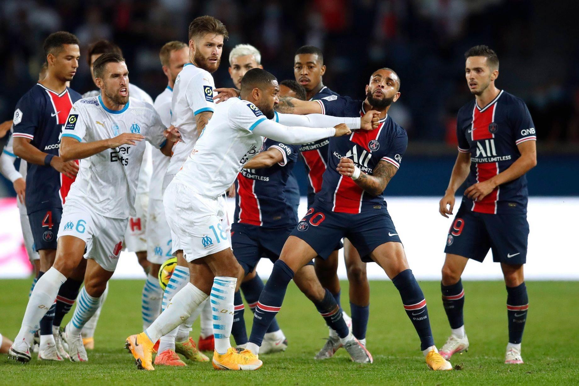 عراك بين لاعبي باريس سان جيرمان ومارسيليا (أرشيف)