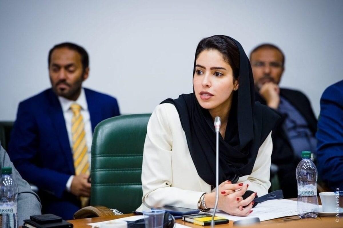 مديرة الاتصالات الاستراتيجية في وزارة الخارجية الإماراتية هند العتيبة