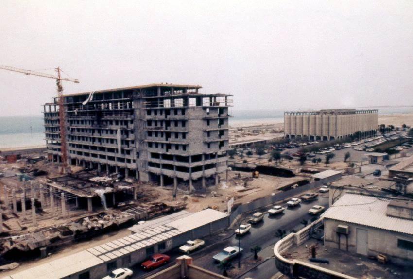 مبنى جديد في المنامة، البحرين.