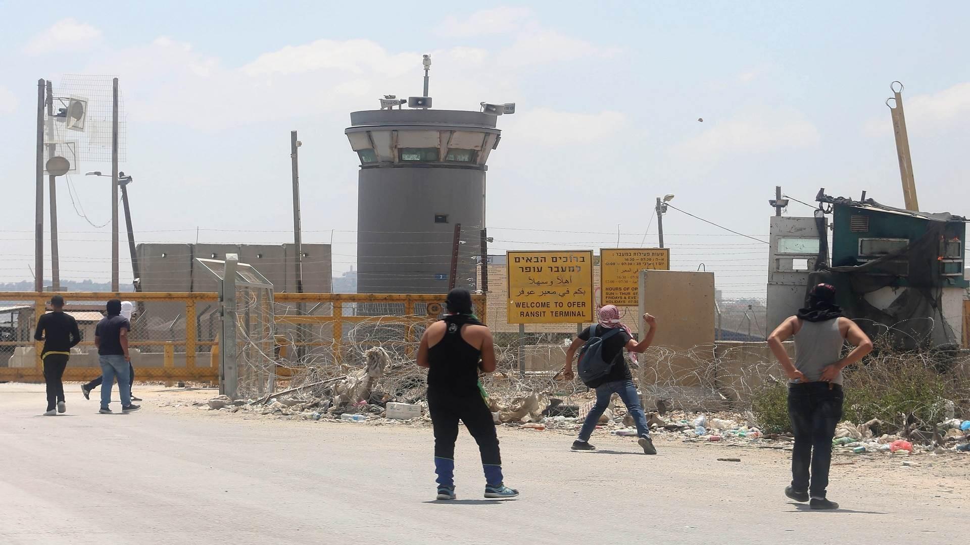 سجون ومعتقلات ومراكز تحقيق الاحتلال