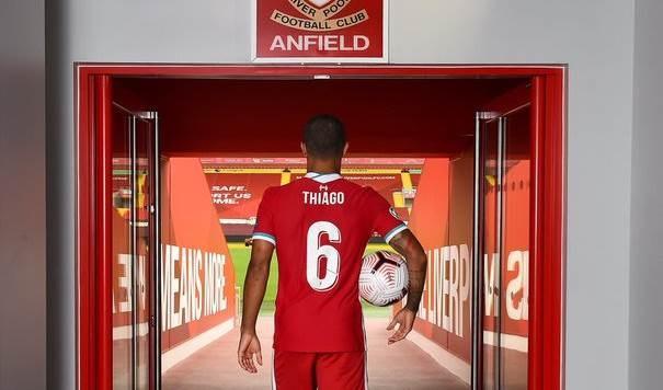 ليفربول يقدم تياغو بشكل رسمي