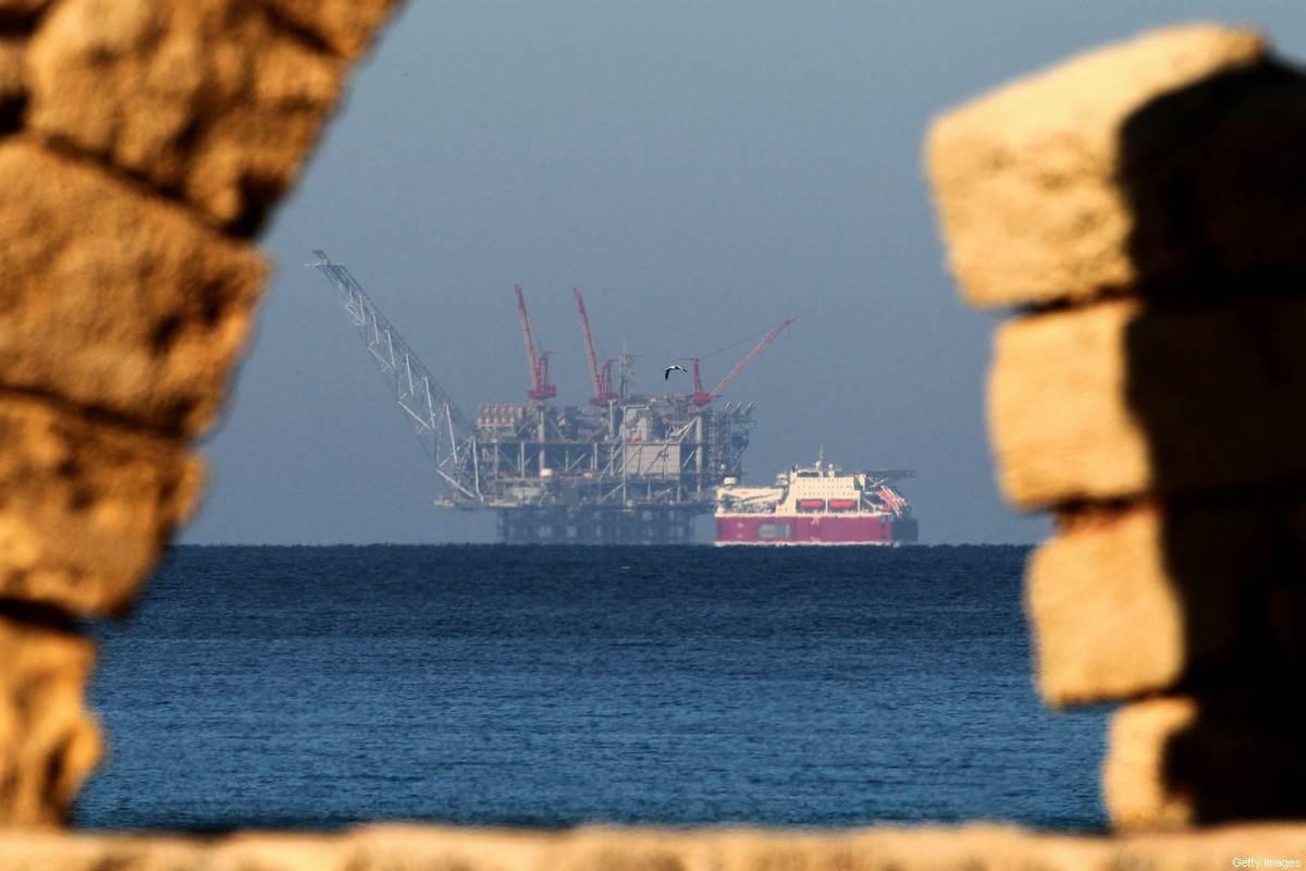 حقل ليفياثان للغاز في البحر الأبيض المتوسط من مدينة قيسارية في فلسطين المحتلة (أ ف ب).