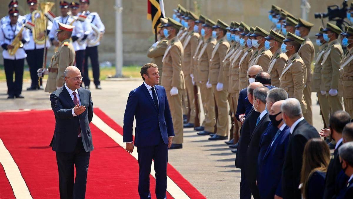 الرئيس العراقي برهم صالح يستقبل نظيره الفرنسي إيمانويل ماكرون
