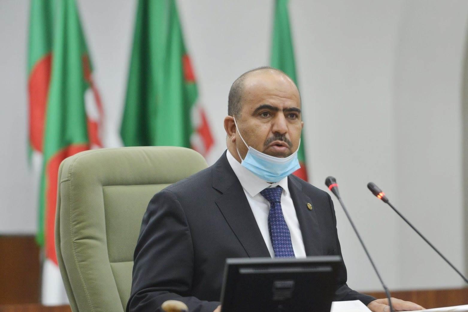 شنين: أزمة السيولة المالية ونقص المياه التي شهدتها الجزائر مفتعلة