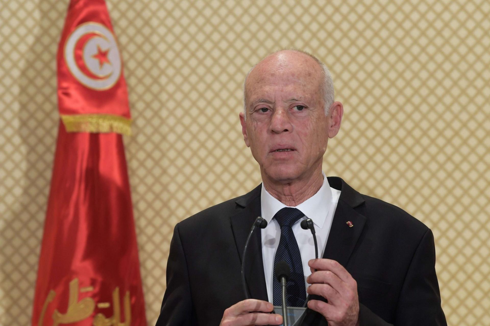 الرئيس التونسي جدد ترحيب بلاده باتفاق وقف إطلاق النار في ليبيا