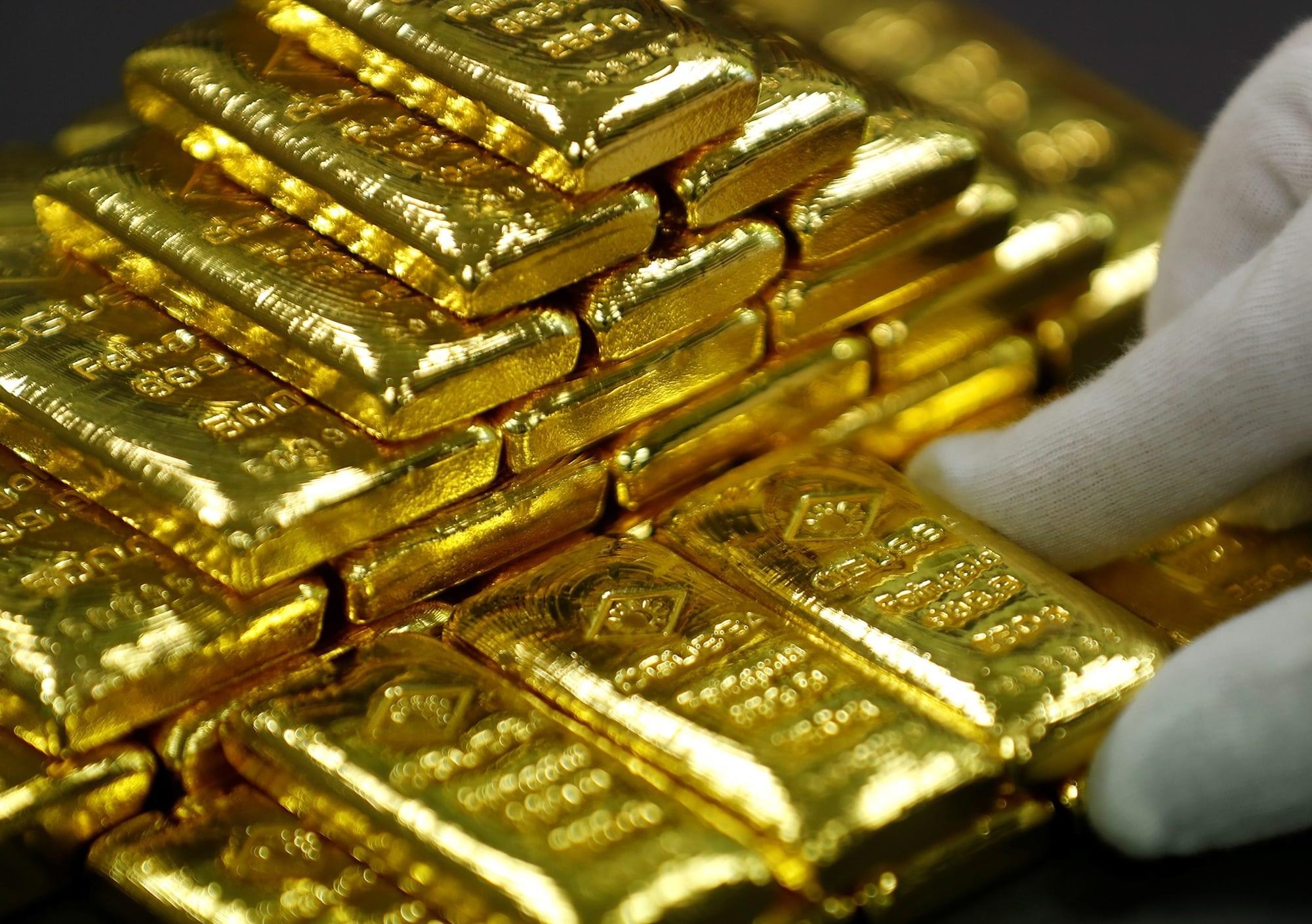 كيف تتكون الكميات الكبيرة من الذهب؟