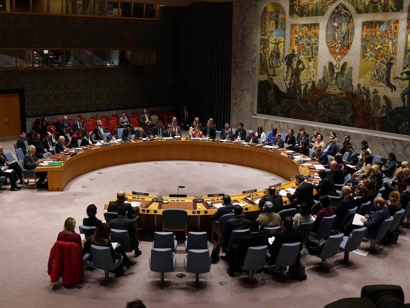 رفض مجلس الأمن الشهر الماضي مشروع قرار أميركي لتمديد حظرِ السلاح المفروضِ على إيران