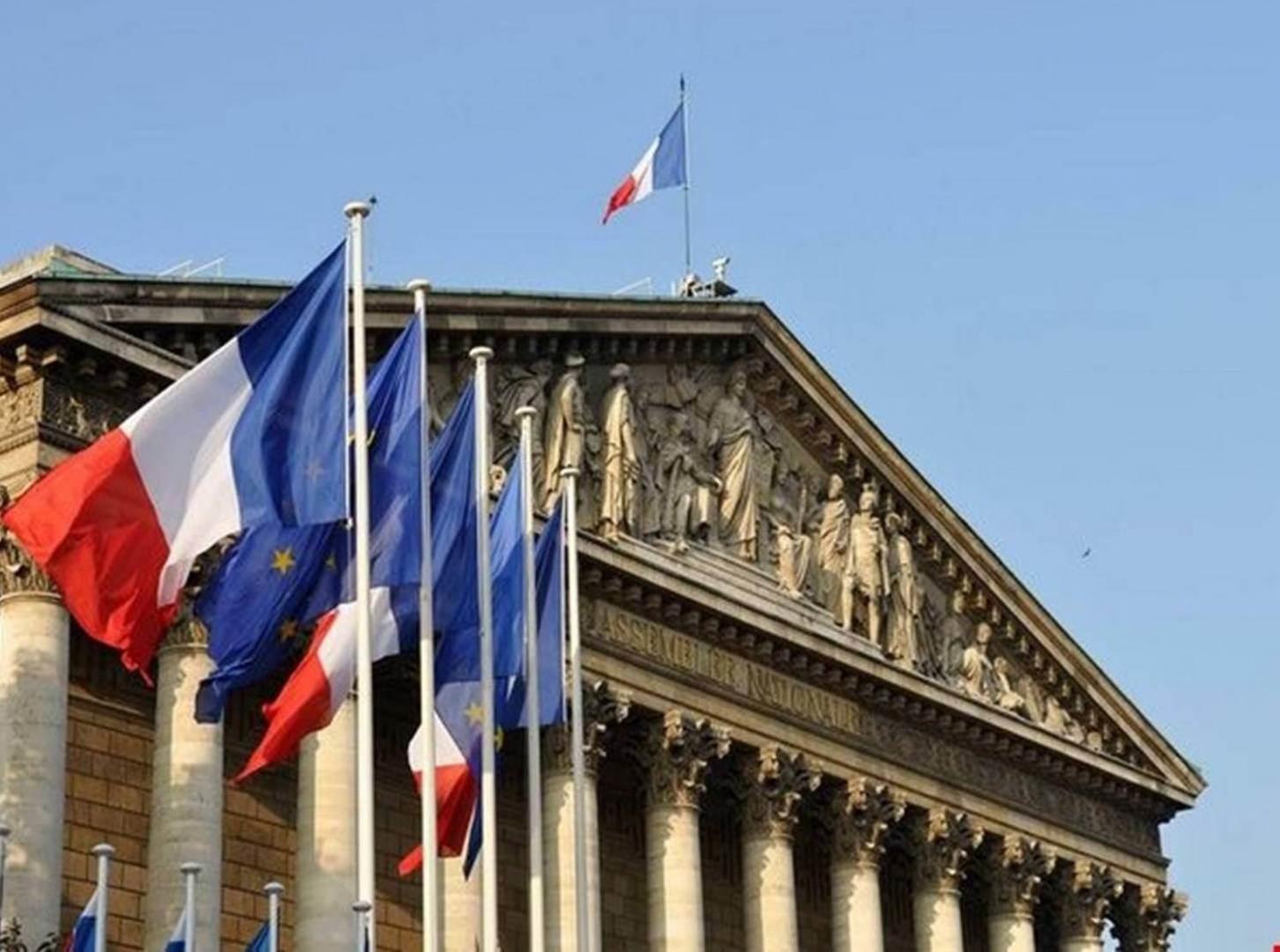 الخارجية الفرنسية:باريس تقف إلى جانب اللبنانيين كما كانت دائماً