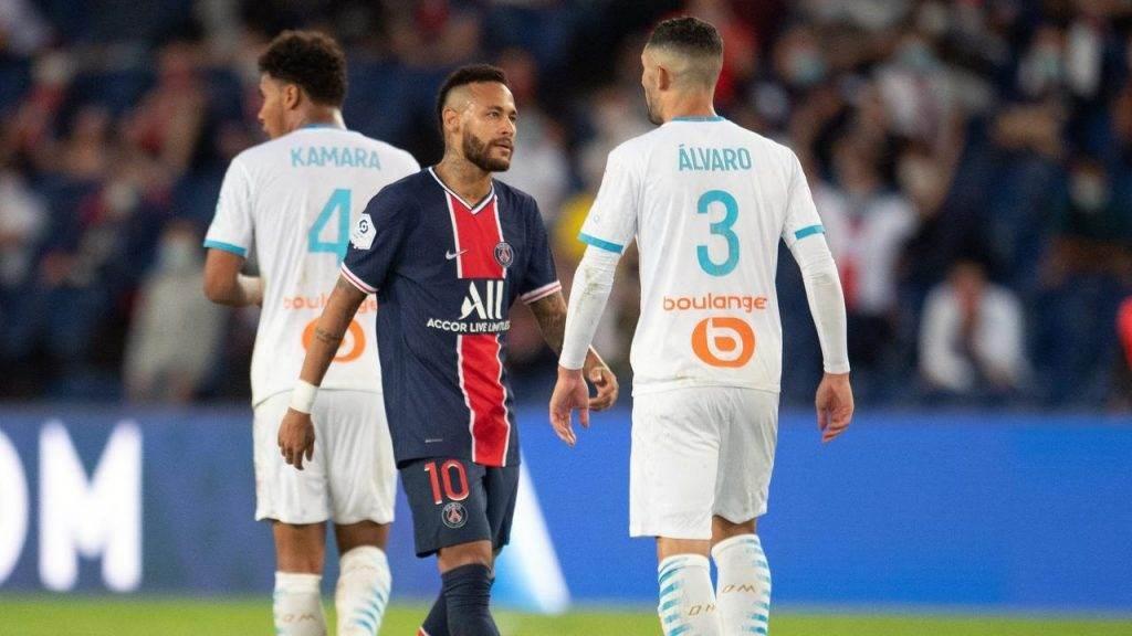 نيمار وألفارو في مباراة مارسيليا وسان جيرمان (أرشيف)