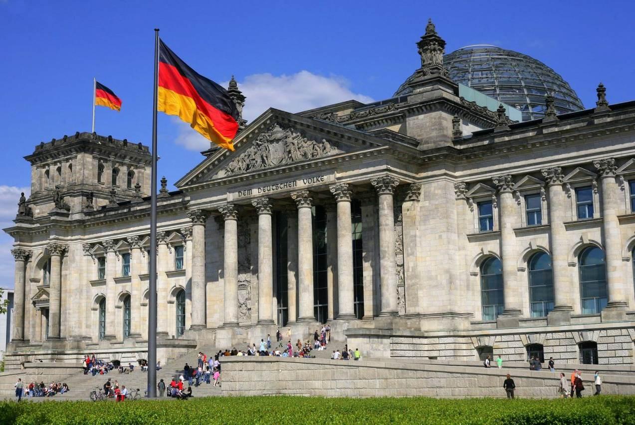 الحكومة الألمانية توافق على ثاني أعلى صافي دين في ميزانية 2021 لتمويل مكافحة كورونا