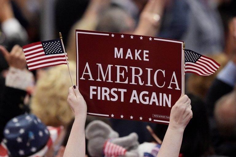 منسوب الكراهية لسياسات الولايات المتحدة يرتفع عبر العالم.