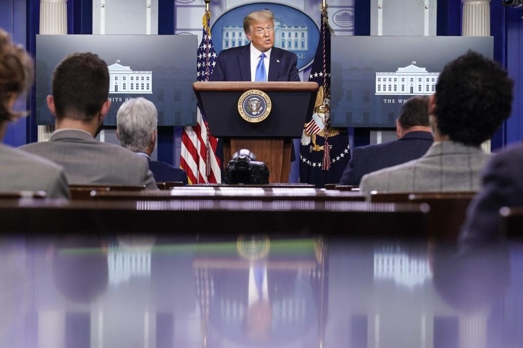 ترامب خلال مؤتمره الصحفي في البيت الأبيض يوم 23 سبتمبر 2020 (أ.ف.ب)