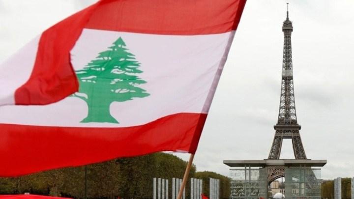 لبنان في باريس: العلم وبرج إيفل