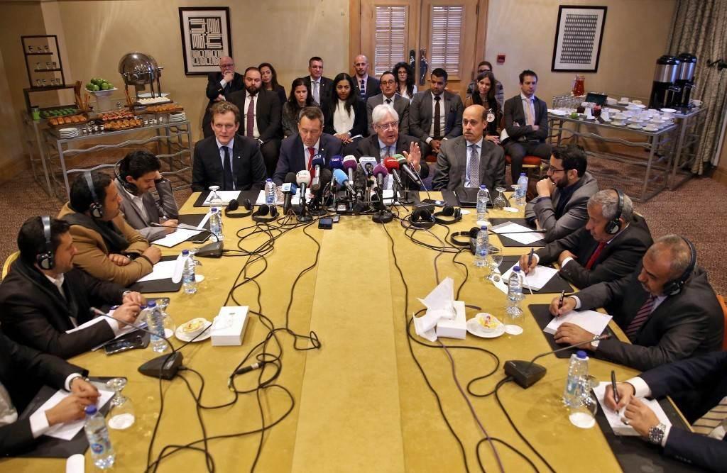 مراسل الميادين: الاتفاق يقضي بالإفراج عن 1080 معتقلاً وأسيراً من الطرفين من بينهم 19 جندياً سعودياً