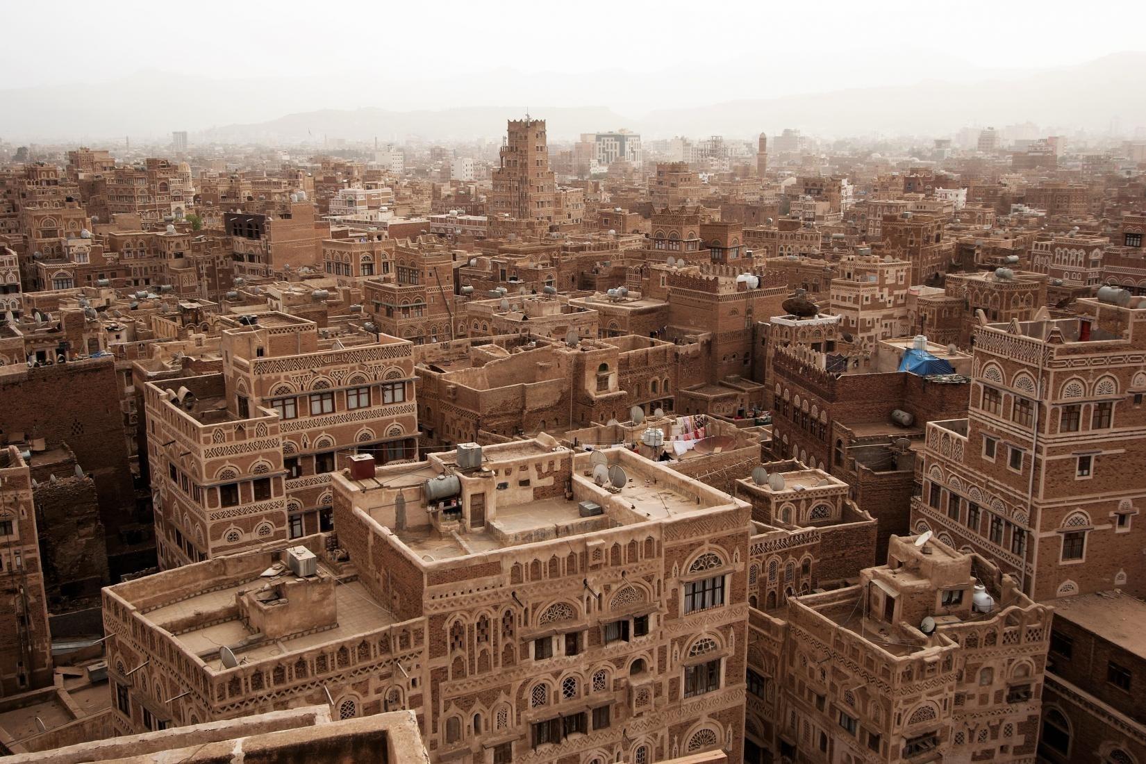 ثورة 21 أيلول/سبتمبر.. اليمن خارج النصّ السعودي