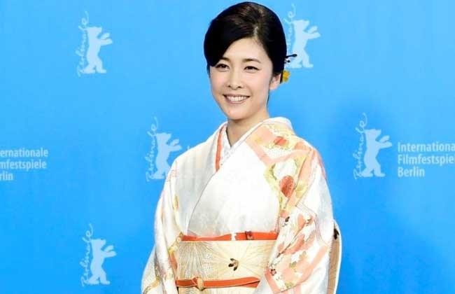 الممثلة اليابانية الراحلة