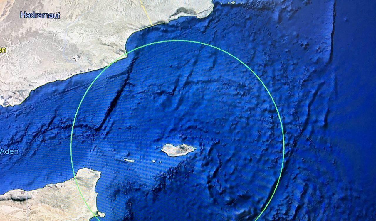 جزيرة سقطرى بحسب صورة بالأقمار الصناعية لغوغل إرث.