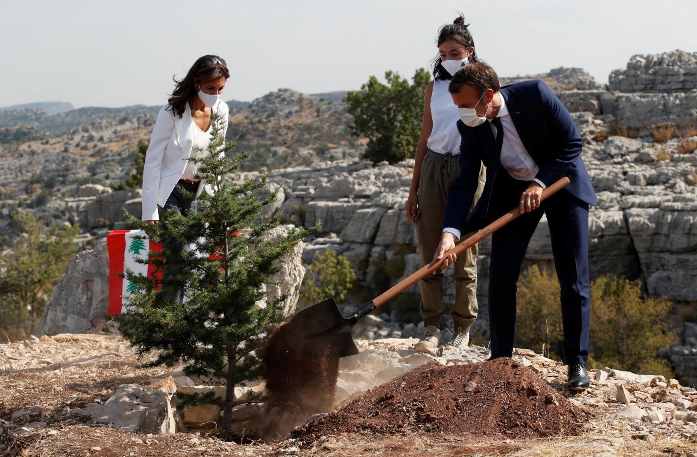 الإمارات اللبنانية غير المتحدة تعود إلى الانتداب